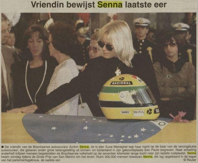 Vriendin bewijst Senna laatste eer. Op grafkist stond de helm van Senna