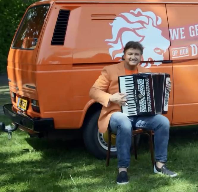 blog-jumbo-oranje-roydonders-bus