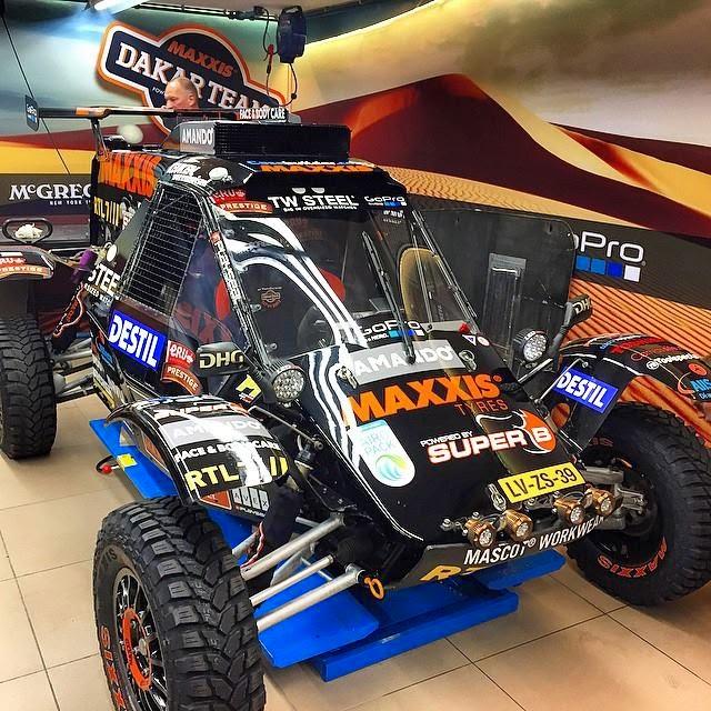 buggy-maxxis-team2
