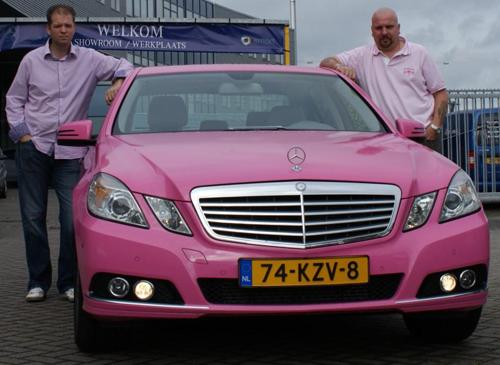 ex-Pink-Ribbon-Mercedes-Tour