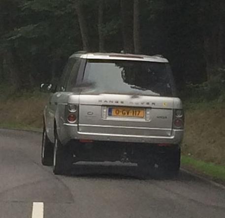 Kenteken 0-GV-117 op Range Rover gespot